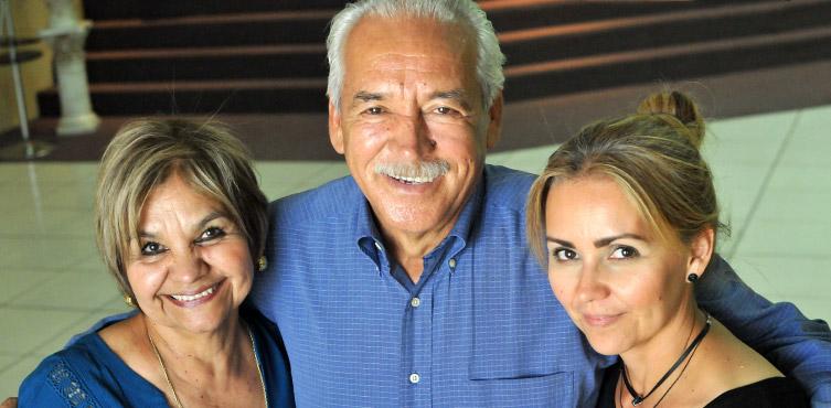 Pastor Eduardo Garcia mit seiner Frau Maria und ihrer Tochter Griselda